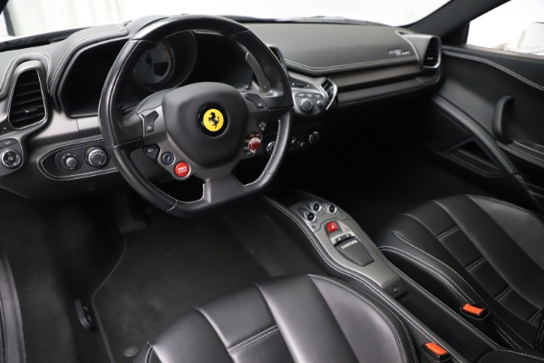 Used 2013 Ferrari 458 Italia for sale $186,900 at Alfa Romeo of Greenwich in Greenwich CT 06830 13