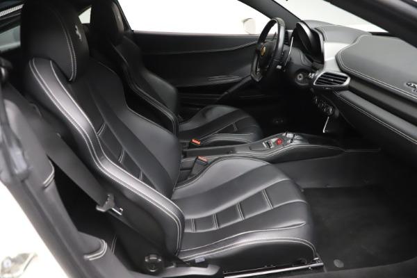 Used 2013 Ferrari 458 Italia for sale $186,900 at Alfa Romeo of Greenwich in Greenwich CT 06830 18