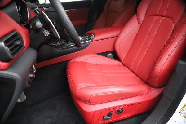 New 2020 Maserati Levante S Q4 GranSport for sale Sold at Alfa Romeo of Greenwich in Greenwich CT 06830 19
