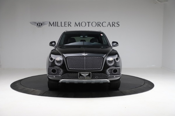 Used 2017 Bentley Bentayga W12 for sale $139,900 at Alfa Romeo of Greenwich in Greenwich CT 06830 12