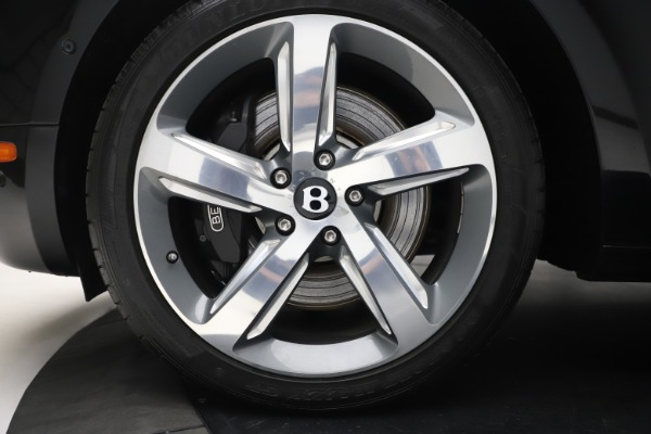 Used 2016 Bentley Mulsanne Speed for sale $157,900 at Alfa Romeo of Greenwich in Greenwich CT 06830 14