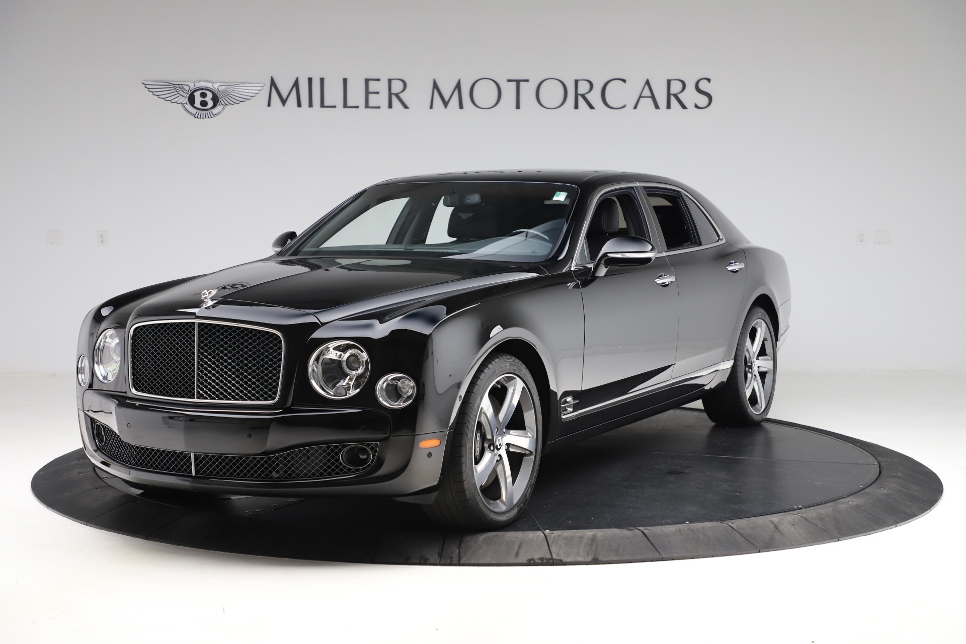 Used 2016 Bentley Mulsanne Speed for sale $149,900 at Alfa Romeo of Greenwich in Greenwich CT 06830 1