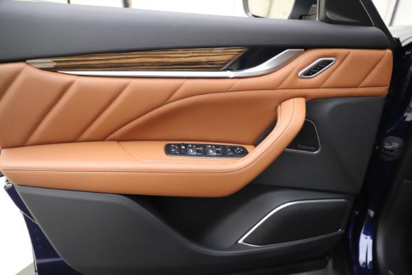 New 2020 Maserati Levante S Q4 GranLusso for sale Sold at Alfa Romeo of Greenwich in Greenwich CT 06830 17