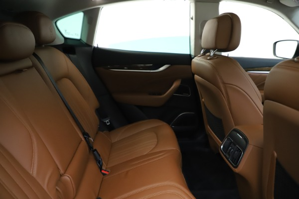 New 2020 Maserati Levante S Q4 GranLusso for sale Sold at Alfa Romeo of Greenwich in Greenwich CT 06830 27