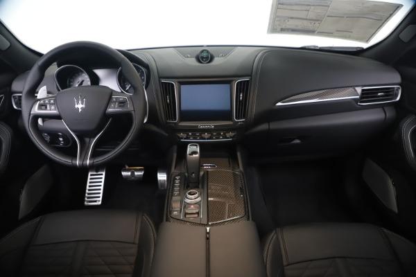New 2020 Maserati Levante S Q4 GranSport for sale $106,585 at Alfa Romeo of Greenwich in Greenwich CT 06830 16