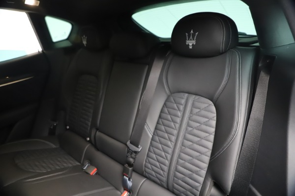 New 2020 Maserati Levante S Q4 GranSport for sale $106,585 at Alfa Romeo of Greenwich in Greenwich CT 06830 18