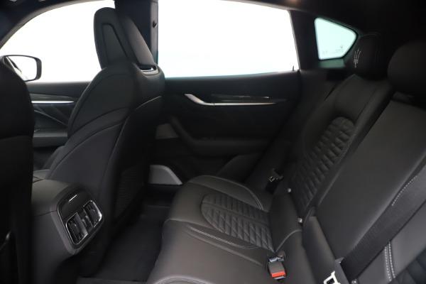 New 2020 Maserati Levante S Q4 GranSport for sale $106,585 at Alfa Romeo of Greenwich in Greenwich CT 06830 19