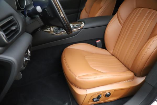 New 2020 Maserati Levante Q4 GranLusso for sale $86,935 at Alfa Romeo of Greenwich in Greenwich CT 06830 15