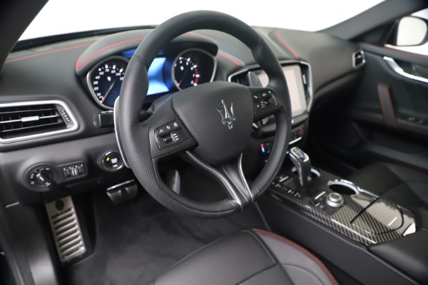 New 2020 Maserati Ghibli S Q4 GranSport for sale $95,785 at Alfa Romeo of Greenwich in Greenwich CT 06830 12