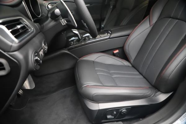 New 2020 Maserati Ghibli S Q4 GranSport for sale $95,785 at Alfa Romeo of Greenwich in Greenwich CT 06830 14