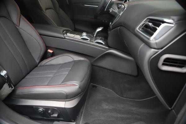New 2020 Maserati Ghibli S Q4 GranSport for sale $95,785 at Alfa Romeo of Greenwich in Greenwich CT 06830 23