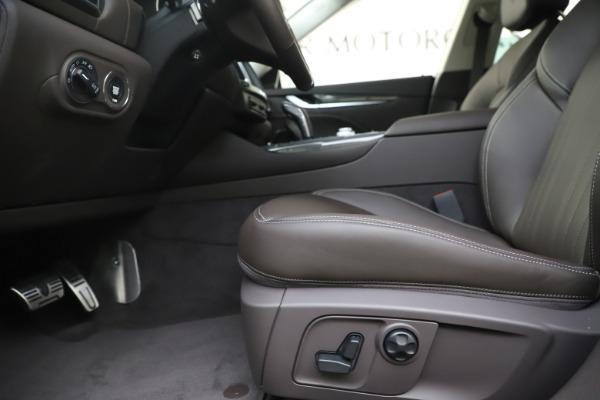 New 2020 Maserati Levante Q4 GranLusso for sale $87,885 at Alfa Romeo of Greenwich in Greenwich CT 06830 14
