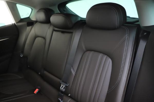 New 2020 Maserati Levante Q4 GranLusso for sale $87,885 at Alfa Romeo of Greenwich in Greenwich CT 06830 18