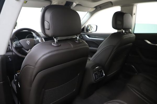 New 2020 Maserati Levante Q4 GranLusso for sale $87,885 at Alfa Romeo of Greenwich in Greenwich CT 06830 20