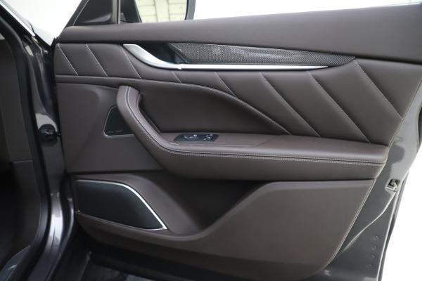 New 2020 Maserati Levante Q4 GranLusso for sale $87,885 at Alfa Romeo of Greenwich in Greenwich CT 06830 25