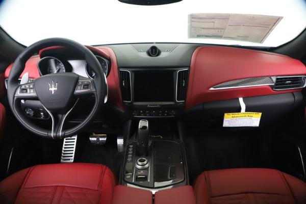 New 2020 Maserati Levante S Q4 GranSport for sale $103,585 at Alfa Romeo of Greenwich in Greenwich CT 06830 16