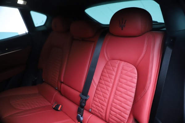 New 2020 Maserati Levante S Q4 GranSport for sale $103,585 at Alfa Romeo of Greenwich in Greenwich CT 06830 18