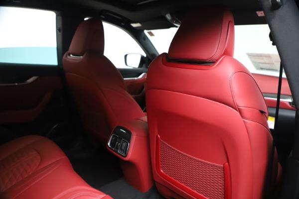 New 2020 Maserati Levante S Q4 GranSport for sale $103,585 at Alfa Romeo of Greenwich in Greenwich CT 06830 28