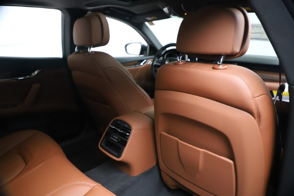 New 2020 Maserati Quattroporte S Q4 GranLusso for sale $117,935 at Alfa Romeo of Greenwich in Greenwich CT 06830 28