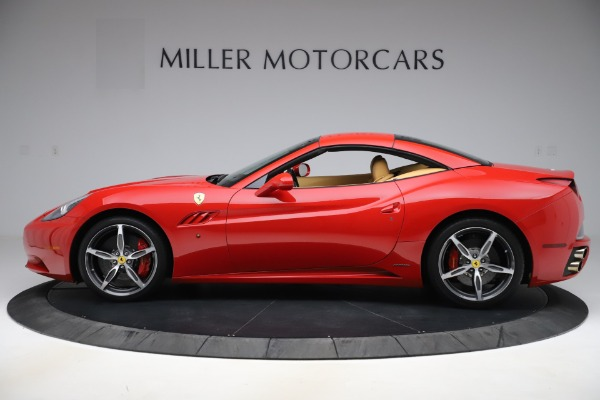 Used 2014 Ferrari California 30 for sale $127,900 at Alfa Romeo of Greenwich in Greenwich CT 06830 14
