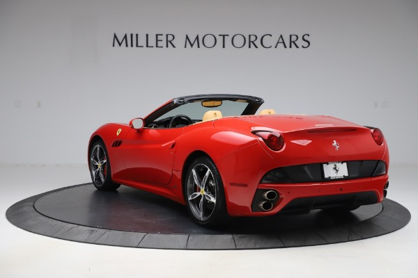 Used 2014 Ferrari California 30 for sale $127,900 at Alfa Romeo of Greenwich in Greenwich CT 06830 5