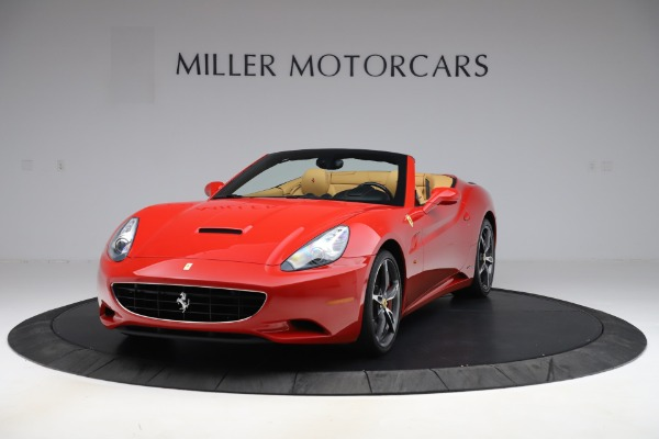 Used 2014 Ferrari California 30 for sale $127,900 at Alfa Romeo of Greenwich in Greenwich CT 06830 1