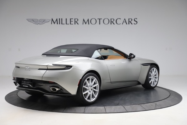 Used 2020 Aston Martin DB11 Volante Convertible for sale $239,900 at Alfa Romeo of Greenwich in Greenwich CT 06830 27