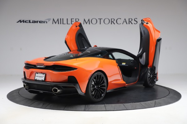 New 2020 McLaren GT Coupe for sale $246,975 at Alfa Romeo of Greenwich in Greenwich CT 06830 14