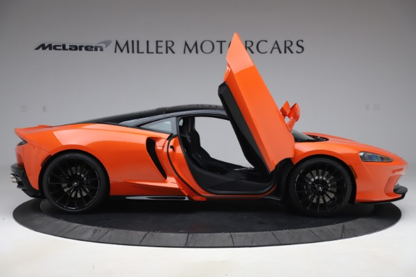 New 2020 McLaren GT Coupe for sale $246,975 at Alfa Romeo of Greenwich in Greenwich CT 06830 15