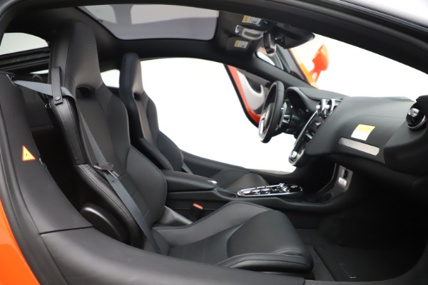 New 2020 McLaren GT Coupe for sale $246,975 at Alfa Romeo of Greenwich in Greenwich CT 06830 20