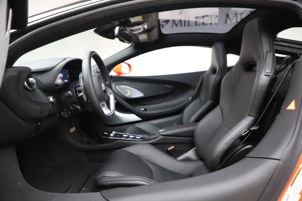 New 2020 McLaren GT Coupe for sale $246,975 at Alfa Romeo of Greenwich in Greenwich CT 06830 22