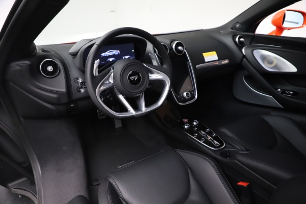 New 2020 McLaren GT Coupe for sale $246,975 at Alfa Romeo of Greenwich in Greenwich CT 06830 23