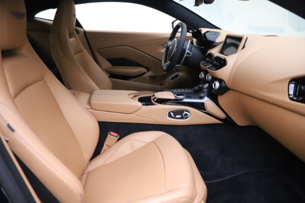 New 2020 Aston Martin Vantage Coupe for sale $174,731 at Alfa Romeo of Greenwich in Greenwich CT 06830 17