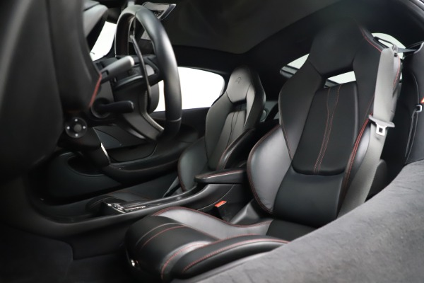 Used 2017 McLaren 570GT for sale $145,900 at Alfa Romeo of Greenwich in Greenwich CT 06830 11
