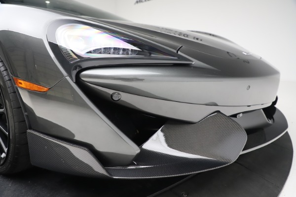 Used 2017 McLaren 570GT for sale $145,900 at Alfa Romeo of Greenwich in Greenwich CT 06830 15