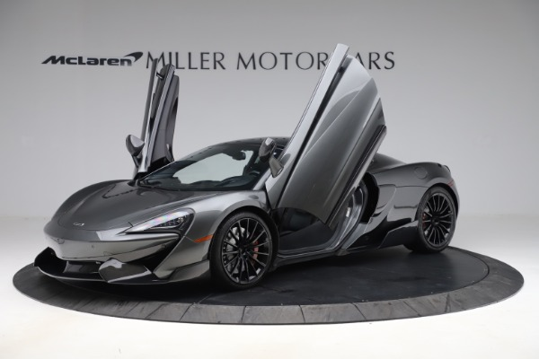 Used 2017 McLaren 570GT for sale $145,900 at Alfa Romeo of Greenwich in Greenwich CT 06830 8