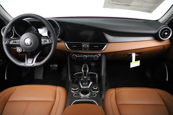 New 2020 Alfa Romeo Giulia Ti Q4 for sale $47,195 at Alfa Romeo of Greenwich in Greenwich CT 06830 16
