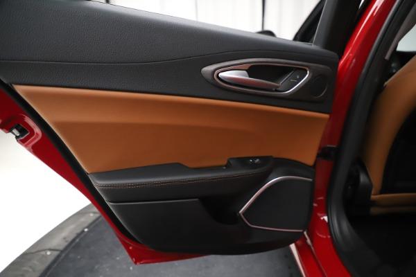 New 2020 Alfa Romeo Giulia Ti Q4 for sale $47,195 at Alfa Romeo of Greenwich in Greenwich CT 06830 21