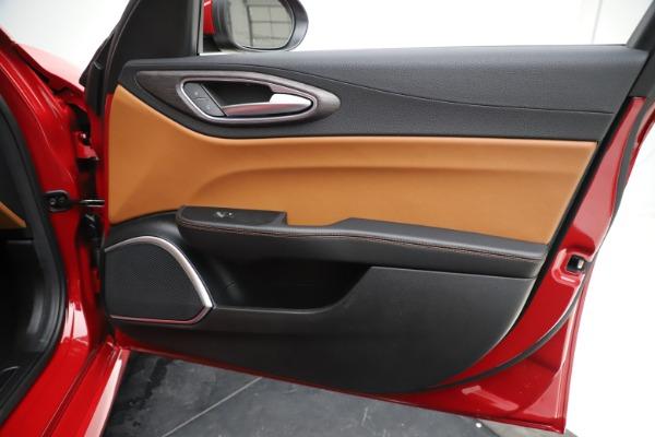 New 2020 Alfa Romeo Giulia Ti Q4 for sale $47,195 at Alfa Romeo of Greenwich in Greenwich CT 06830 25