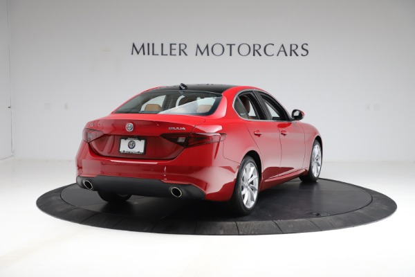 Used 2020 Alfa Romeo Giulia Q4 for sale Sold at Alfa Romeo of Greenwich in Greenwich CT 06830 7