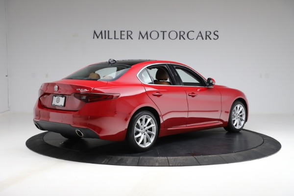 Used 2020 Alfa Romeo Giulia Q4 for sale Sold at Alfa Romeo of Greenwich in Greenwich CT 06830 8