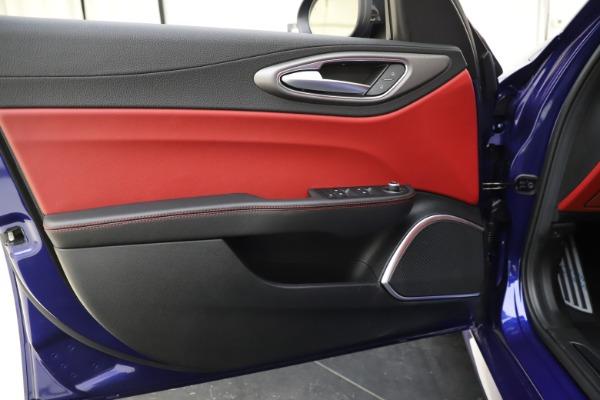 New 2020 Alfa Romeo Giulia Ti Sport Q4 for sale $50,445 at Alfa Romeo of Greenwich in Greenwich CT 06830 16