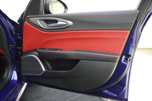 New 2020 Alfa Romeo Giulia Ti Sport Q4 for sale $50,445 at Alfa Romeo of Greenwich in Greenwich CT 06830 24