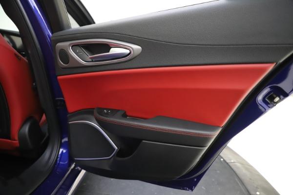 New 2020 Alfa Romeo Giulia Ti Sport Q4 for sale $50,445 at Alfa Romeo of Greenwich in Greenwich CT 06830 28