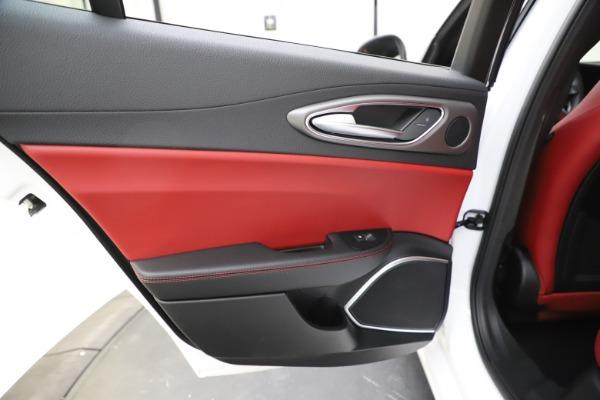 New 2020 Alfa Romeo Giulia Ti Sport Q4 for sale $51,995 at Alfa Romeo of Greenwich in Greenwich CT 06830 22