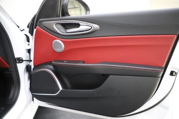 New 2020 Alfa Romeo Giulia Ti Sport Q4 for sale $51,995 at Alfa Romeo of Greenwich in Greenwich CT 06830 26