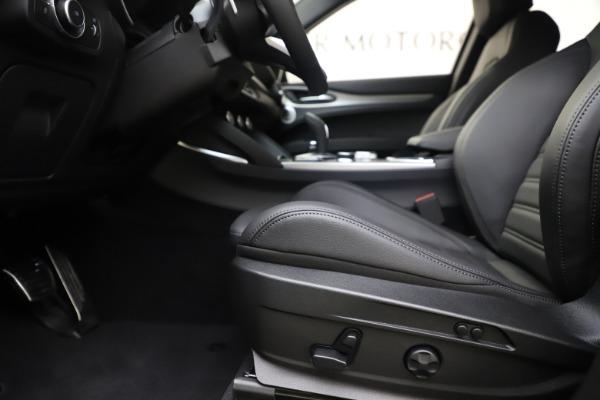 New 2020 Alfa Romeo Stelvio Ti Sport Q4 for sale Sold at Alfa Romeo of Greenwich in Greenwich CT 06830 14