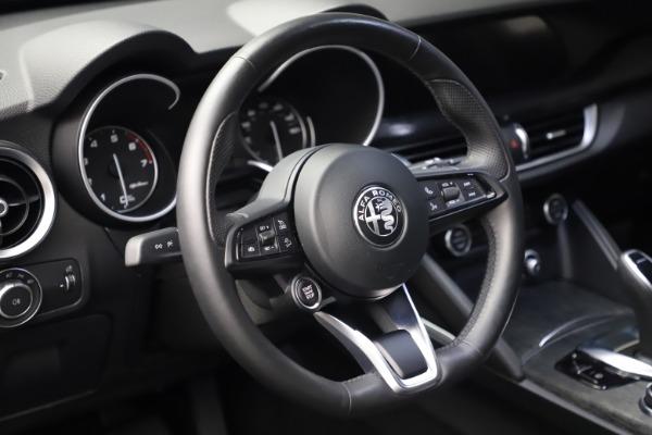 New 2020 Alfa Romeo Stelvio Q4 for sale $36,900 at Alfa Romeo of Greenwich in Greenwich CT 06830 18