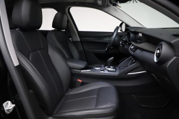 New 2020 Alfa Romeo Stelvio Q4 for sale $36,900 at Alfa Romeo of Greenwich in Greenwich CT 06830 26