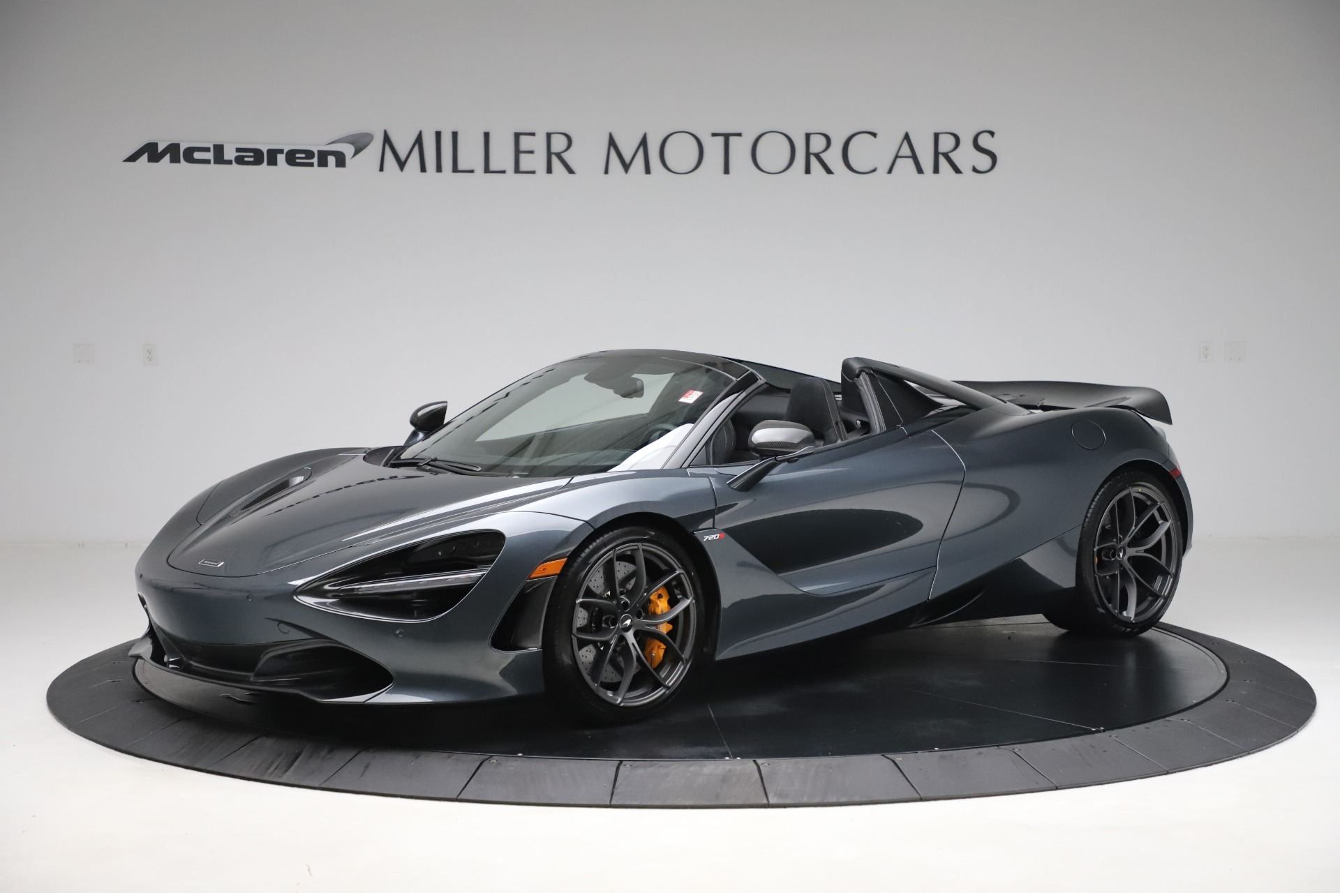 New 2020 McLaren 720S Spider Performance for sale $384,930 at Alfa Romeo of Greenwich in Greenwich CT 06830 1